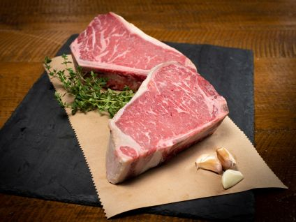 Dry Aged Hand Select Angus Kansas City Strips (4 Per Pack)