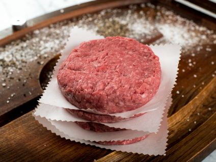 NATURALLY RAISED BURGER PATTIES